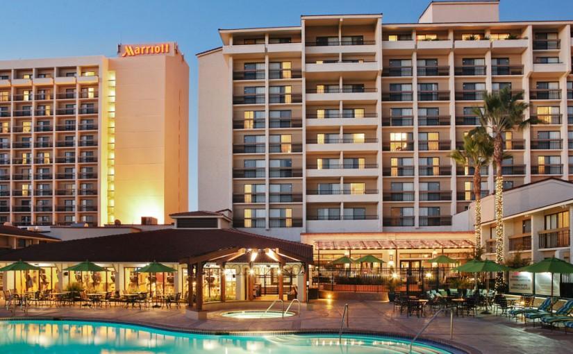 Marriott Santa Clara Pool