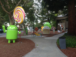 Silicon Valley Android Statues